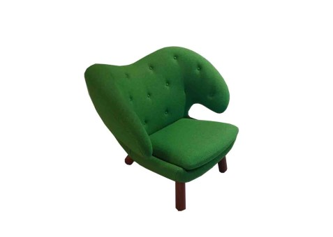 Pelican_chair
